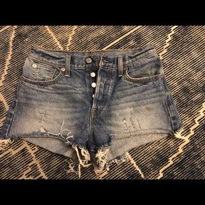 Levi's shorts from planet blue